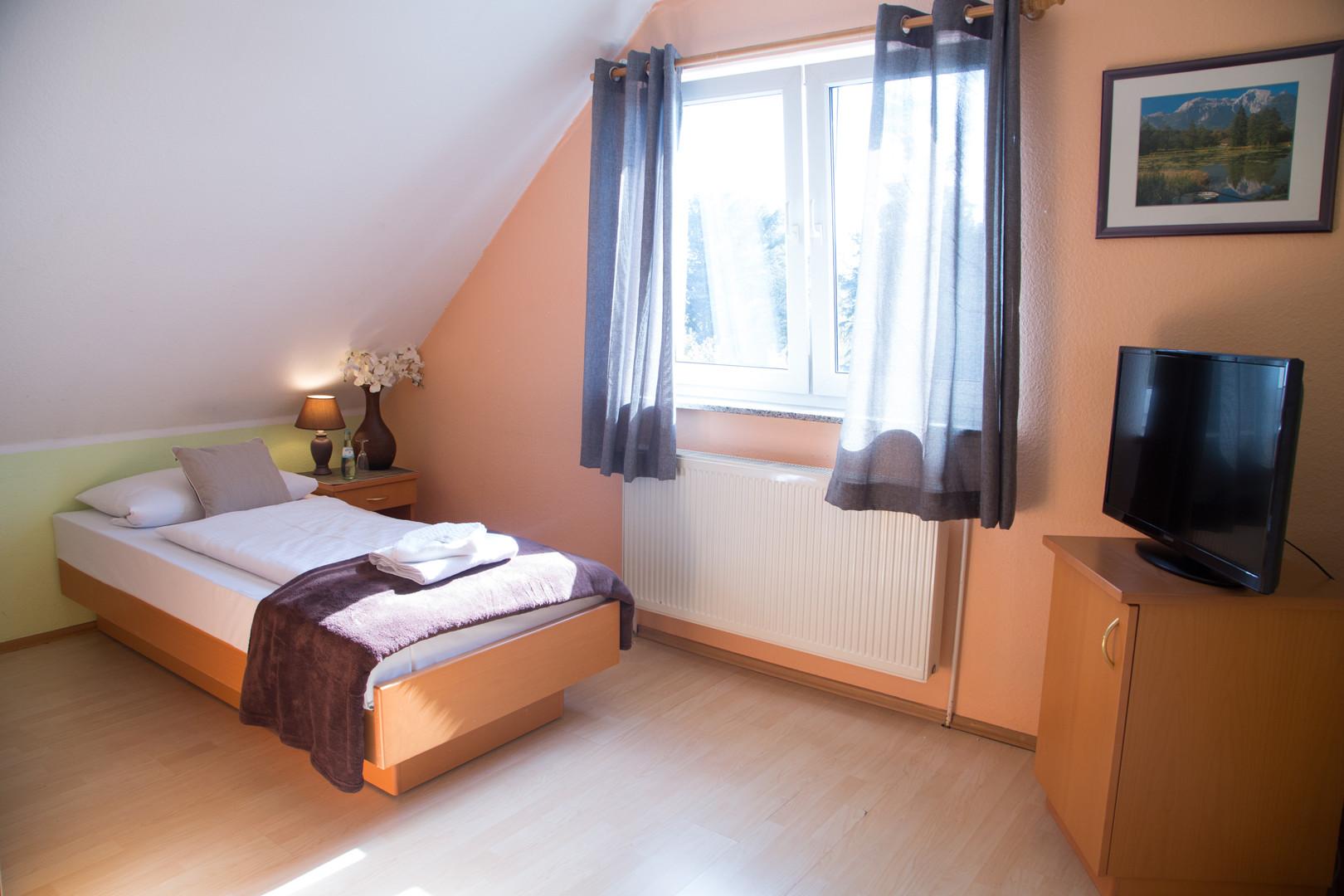 Einbettzimmer5